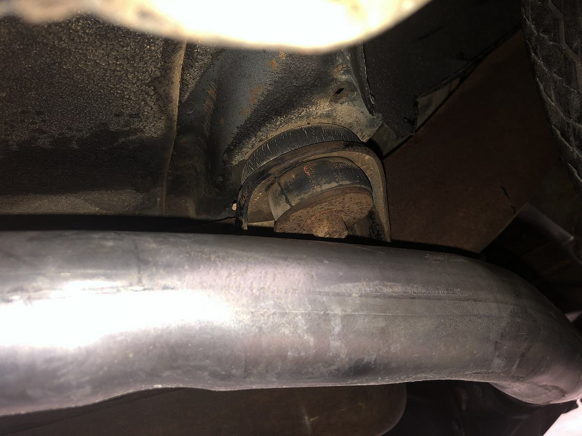Name:  26_Orange paint on body bushing.jpeg