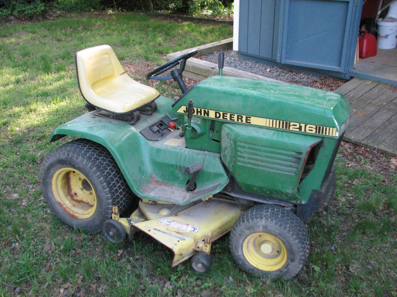 Name:  JD 216 tractor 001.jpg Views: 511 Size:  280.6 KB